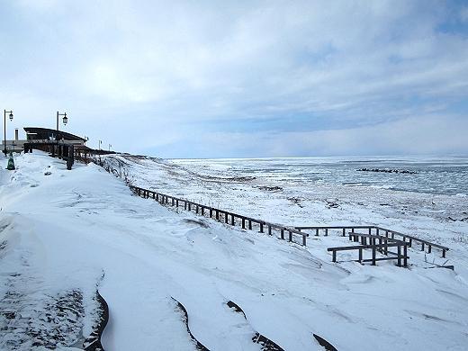 流氷-常呂バスターミナル裏の海岸